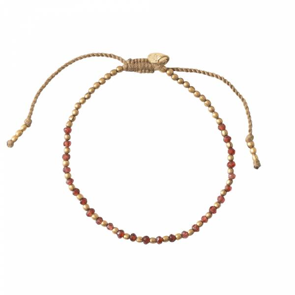 Beautiful Garnet Gold bracelet