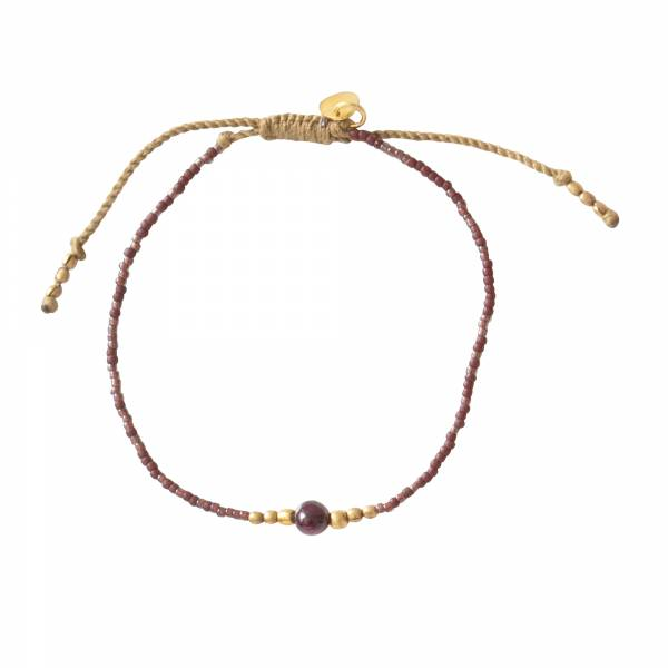 Iris Granaat Goud Armband