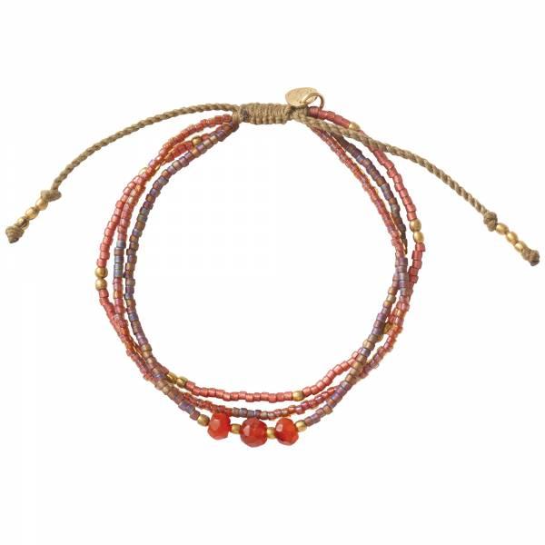 Gentle Carnelian Gold Bracelet